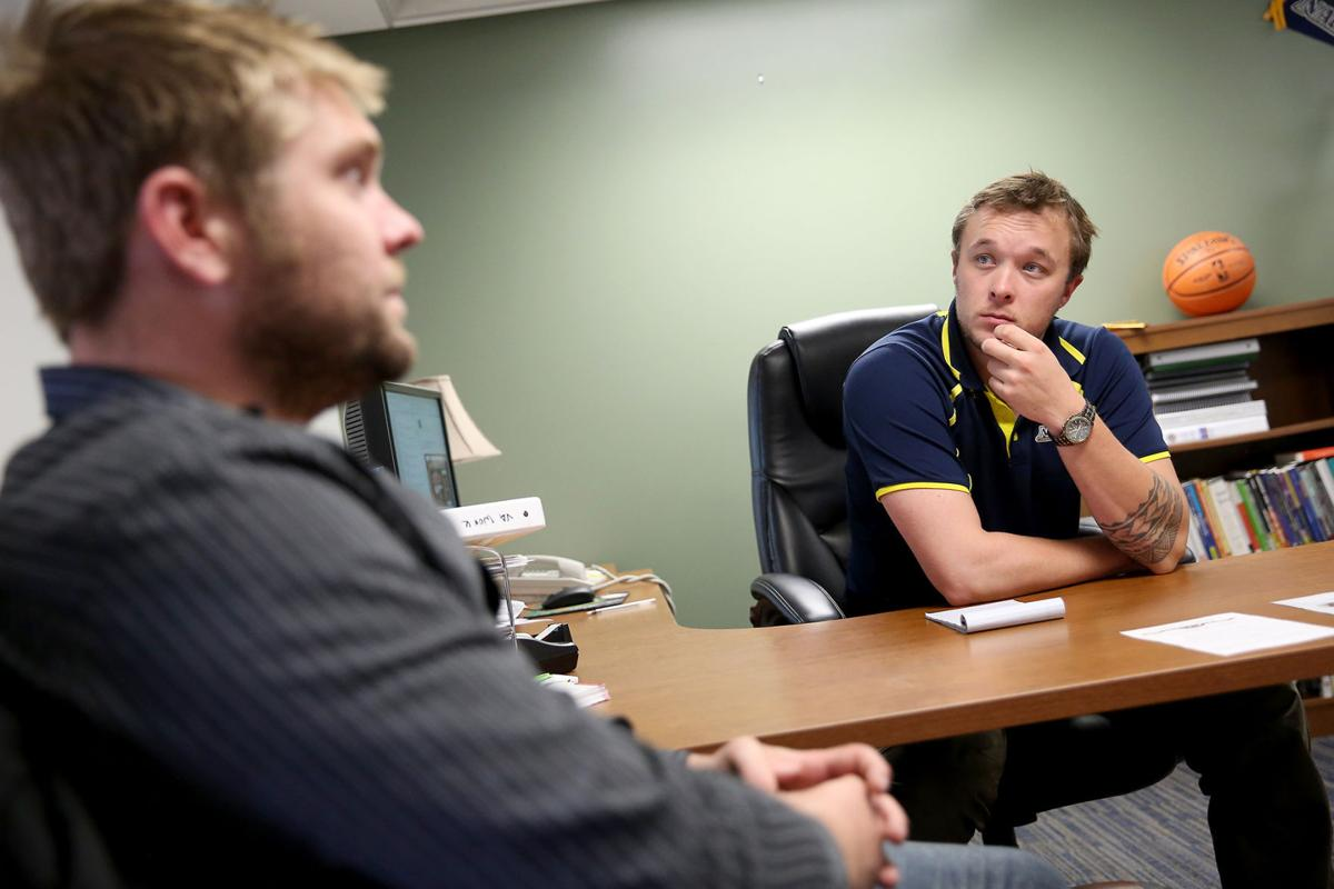 nau student veterans work to ease transition from military to 110915 nws nau veterans1 jb jpg
