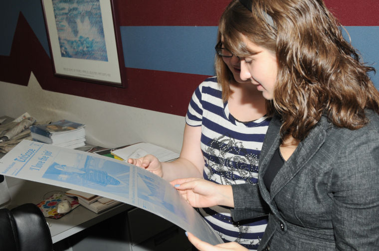 Bluefield High School job shadow students at Bluefield Daily ...
