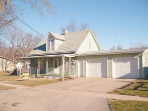 630 West Mary, Beatrice