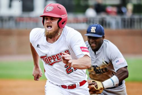 WKU swept by No. 16 Rice in doubleheader