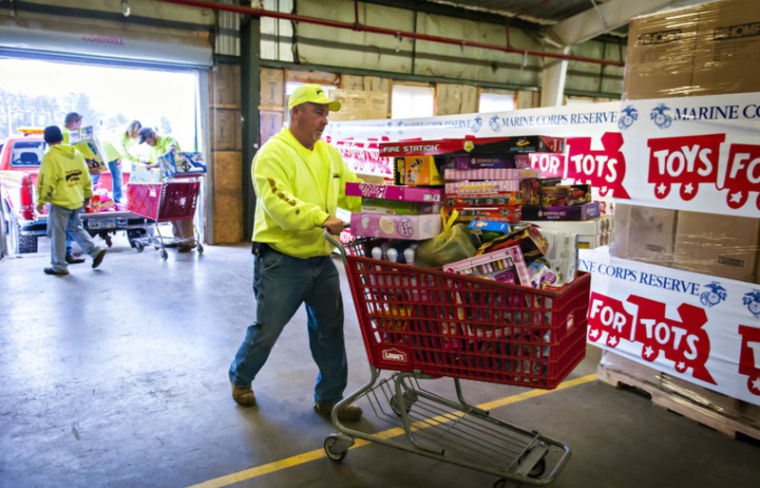 Toys For Tots Font : Donations coming in to toys for tots bowling green daily