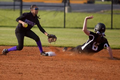South Warren clinches top seed in District 14