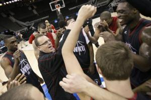 Hilltoppers hope to shock chalk, Jayhawk