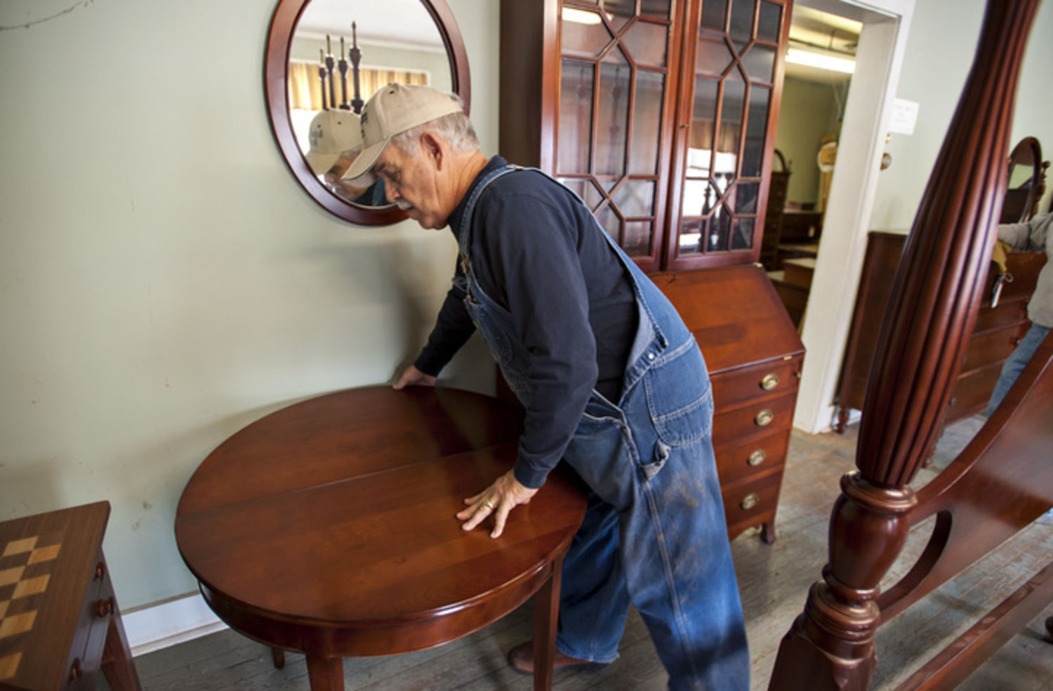 Longtime Warren County cherry furniture builder shutting down ...