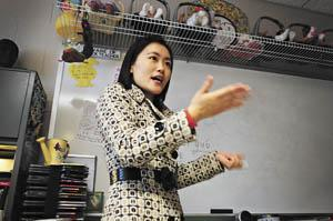Students in county detention center learn culture from Chinese teachers