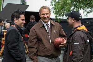 Sports movie champ Costner steps up for 'Draft Day'