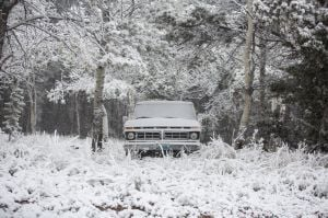 Early snow surprises parts of West, South Dakota