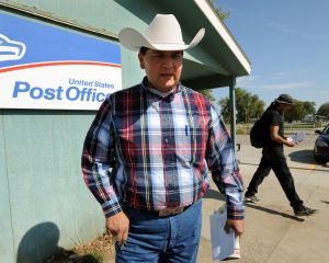 Crow post office busy as Cobell settlement checks arrive