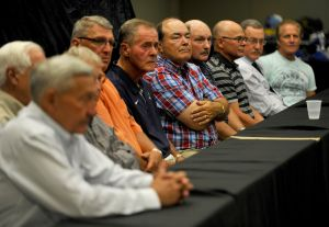 Nine coaching legends honor Holland, tout MSU Billings football