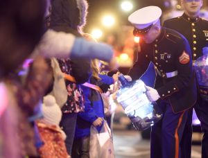 Christmas comes to town with 30th annual Holiday Parade, drawing thousands