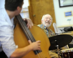 Noted jazz musician Ronnie Bedford remembered as gregarious player, mentor to many