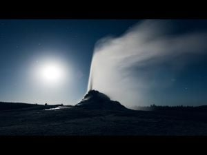Timelapse: Yellowstone by moonlight
