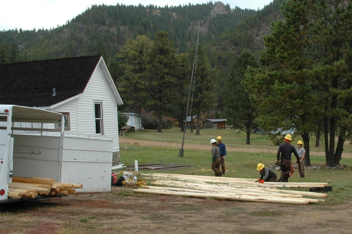 Montana Conservation Corps Crew Helps With Hi Line Fencing
