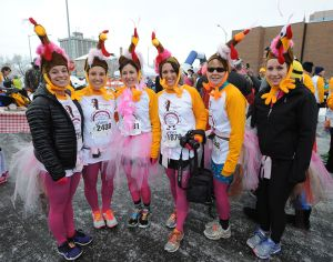 Nearly 3,000 runners brave the cold for 4th annual Run Turkey Run