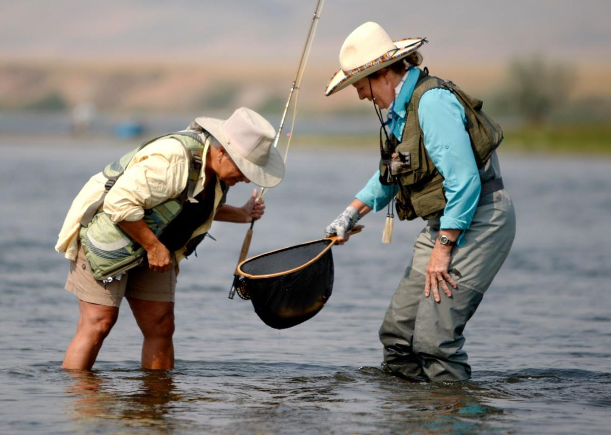 Fly fishing attracts growing number of women billings for Chicago fly fishing