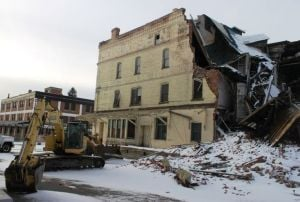 Work on collapsed building stalled before judge