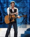 Blake Shelton performs