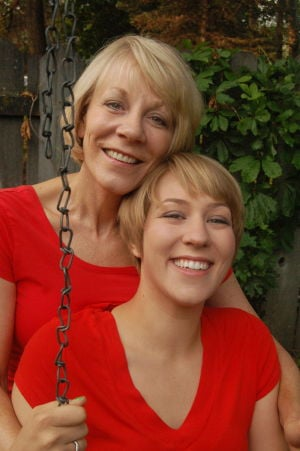 Two Generations of Blonde show plays Sunday