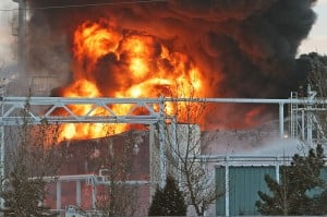 Refinery trying to find cause of tank fire