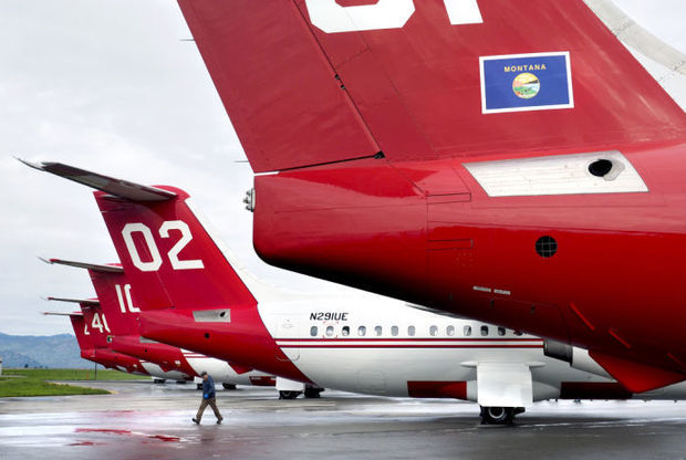 Neptune's firefighting jets await word on future Forest Service contracts