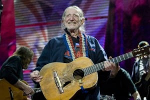 Tickets on sale Friday for Willie Nelson, Lyle Lovett
