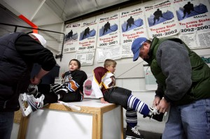 Celebrate Community: Introductory program gives kids, parents an easy way to experience hockey