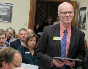 Proposed Medicaid compromise relies on virtual money, incentives to save