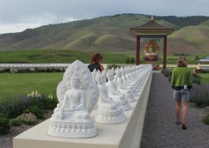 Hitting the Road: Garden of One Thousand Buddhas