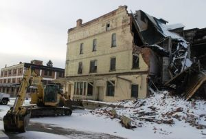 Work on collapsed Butte building stalled before judge