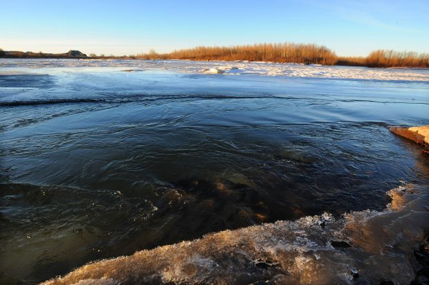 An icy situation: Oil spill cleanup success hinges on frozen surface