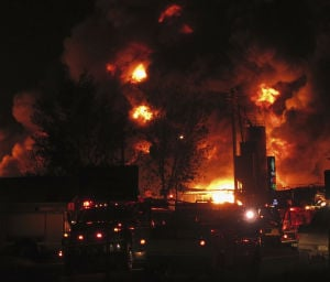 Public wasn't alerted of industrial fire for 6 hours; concerns raised