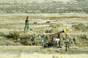 Government sells scandalized Teapot Dome oilfield for $45M