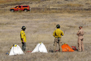Miller Creek fire blackens 152 acres, but firefighters hold line
