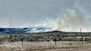 Grassfire sparks near residential neighbor north of Billings Heights