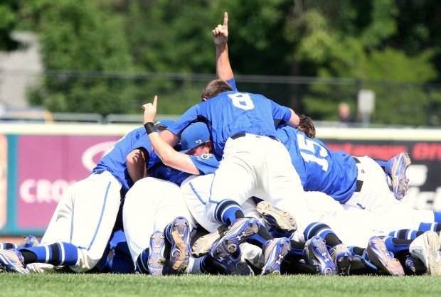 Royals Capture 2nd Straight State Aa Title Legion