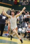Senior's Tanner Sprenkle scores reversal in final seconds to win 4th state wrestling title