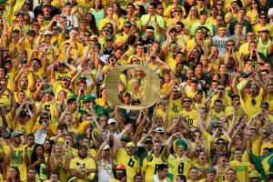 For proof that Oregon upset is possible, Wyoming wise to explore its past