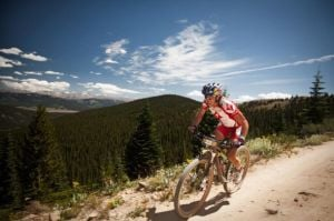 World champion Idaho cyclists hosts a scenic ride from her hometown.
