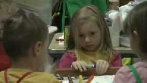 Pre-schoolers paint pinatas at Zoo Montana