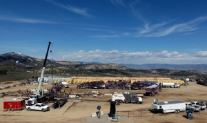 Fracking fuels water fights in nation's dry spots