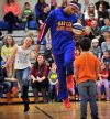 Harlem Globetrotter talks about bullying to Billings kids