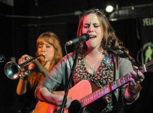 Maxie Ford rings in New Year at Garage Pub