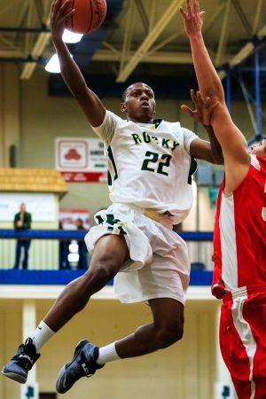 Anderson's slam dunks, defense boost Battlin' Bears