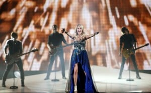 Carrie Underwood brings soaring show to Rimrock Auto Arena