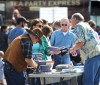 Tea Party backers line up to buy books and other items