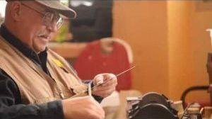 Knife sharpener makes house calls