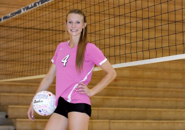 Hanging with Hailey: Skyview's Copinga a hit on and off the volleyball court