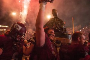 Griz dominate turnover-prone Cats, 34-7