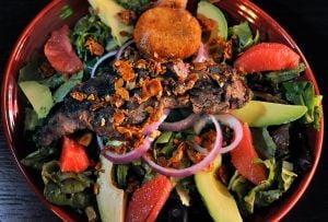 Higher beef prices squeeze merchants, but steaks, burgers still fill a prime spot on menus