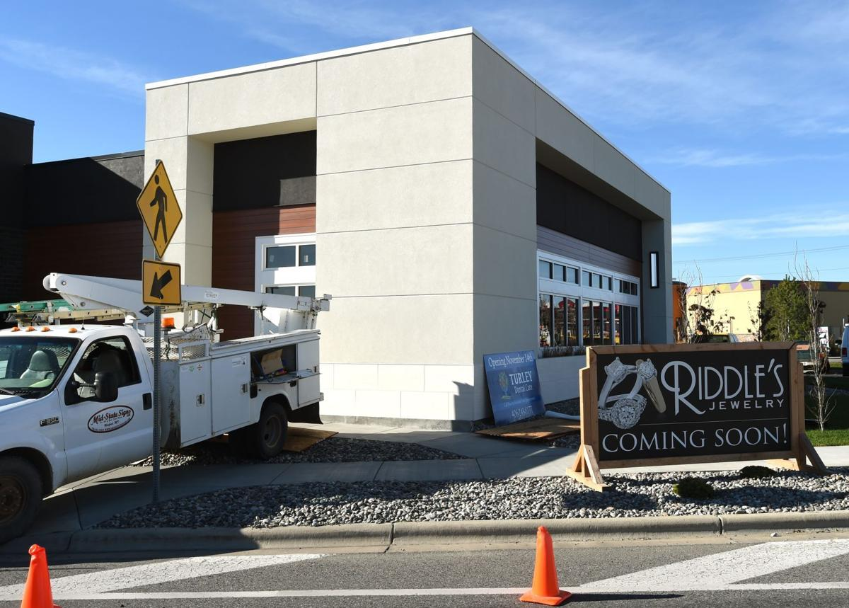 riddle 39 s opening second billings jewelry store at shiloh